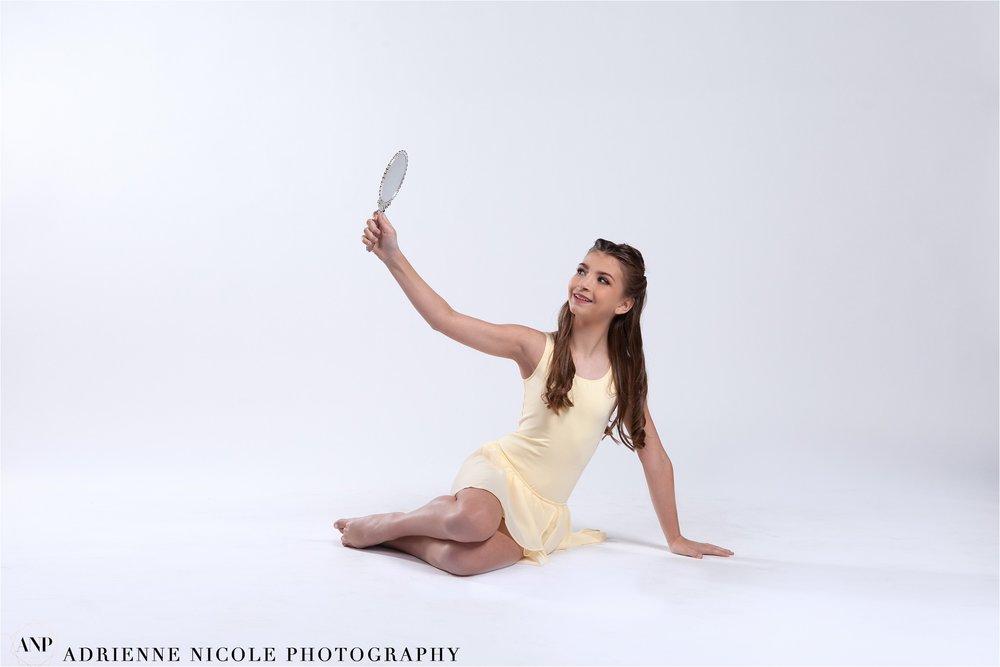 Adrienne Nicole Photography_IndianaSeniorPhotographer_Avon_0595.jpg