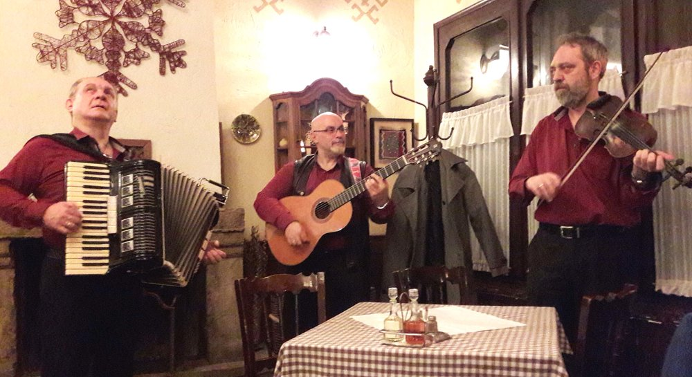 Traditional Serbian music in 'Orašac' restaurant, Belgrade