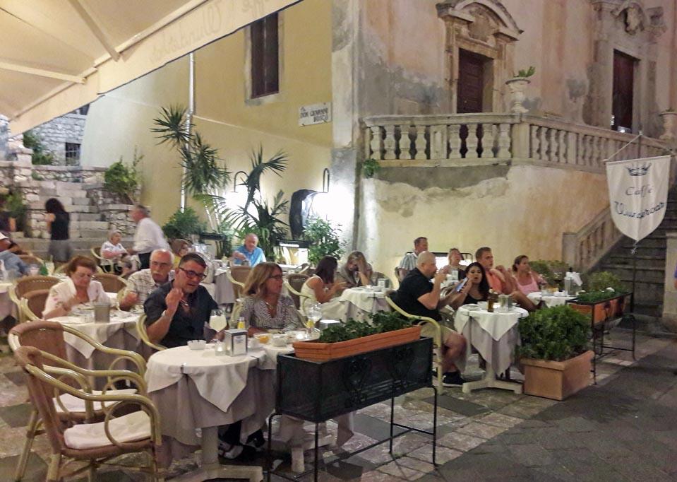 'Wunderbar,' Richard Burton & Liz Taylor's favourite restaurant in Taormina