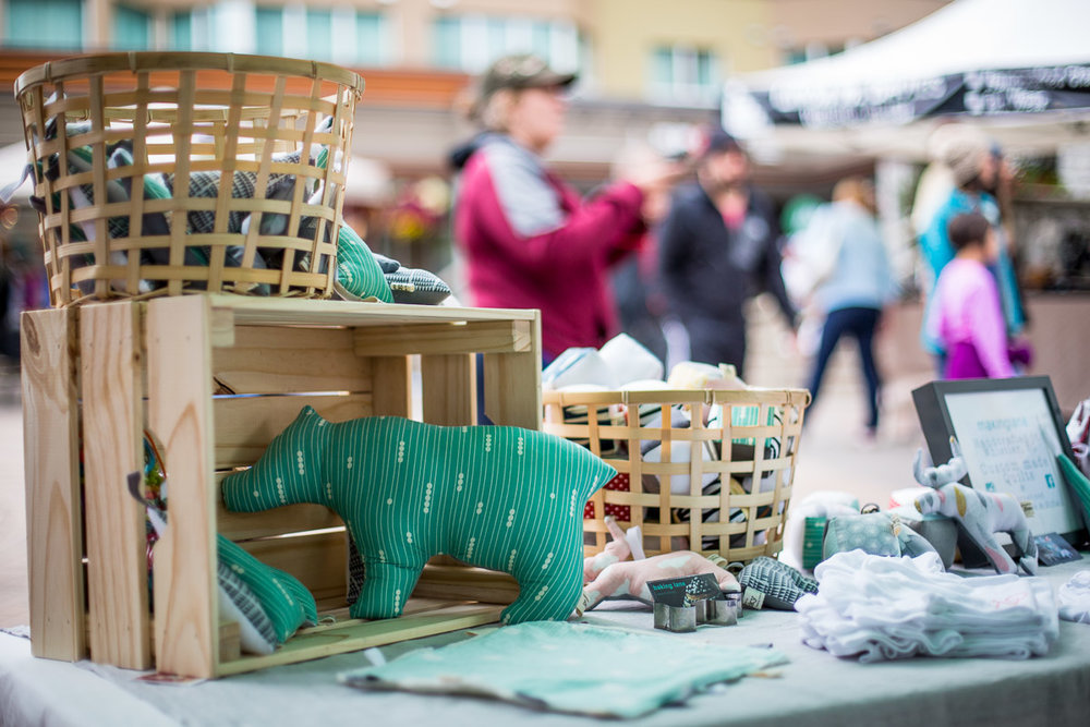 Farmer's market - Thanksgiving weekend is your last chance to stock up on local produce, art, jewelry or tasty pastries at the final Farmer's Market of the season. The produce you pick up will make incredible sides at your family dinner.