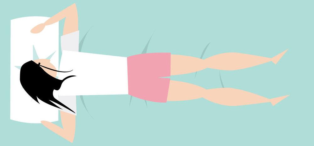 - Sur le ventre, notre tête est tournée sur le côté et nos mains sous l'oreiller.