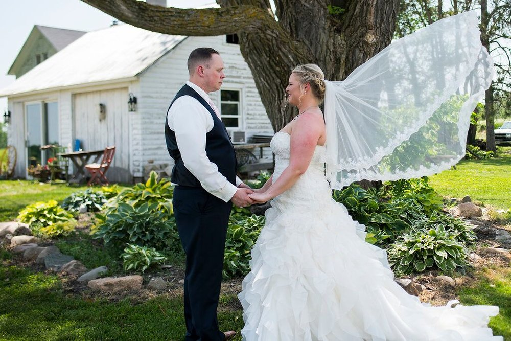 Love at Lost Creek by Angela Divine Photography for Destination Wisconsin Wedding Blog