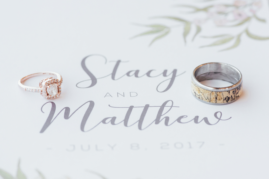 Natural & Elegant by Gigi Boucher for Destination Wisconsin Wedding blog