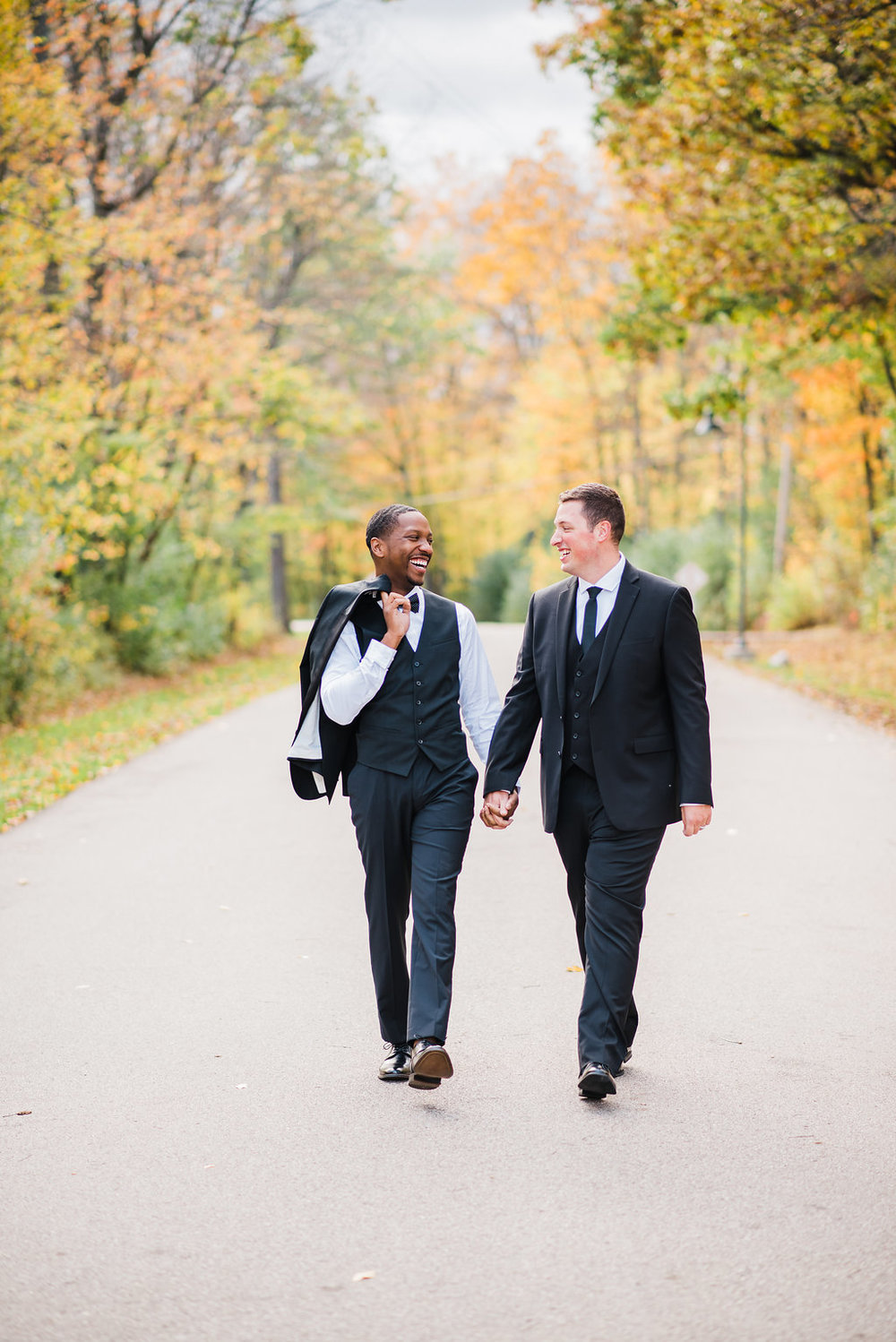 RiverClubofMequon-MequonWI-LGBT-Gay-StyledShoot-49.jpg