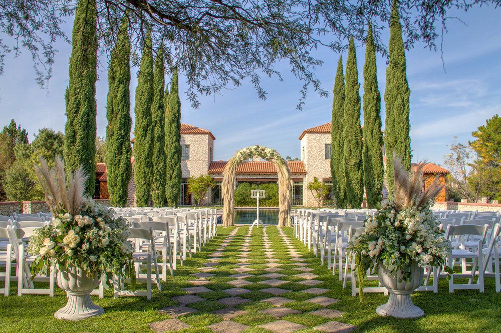 Ceremonia en jardín de la alberca