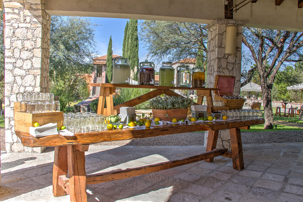 Drink table for the cocktail party