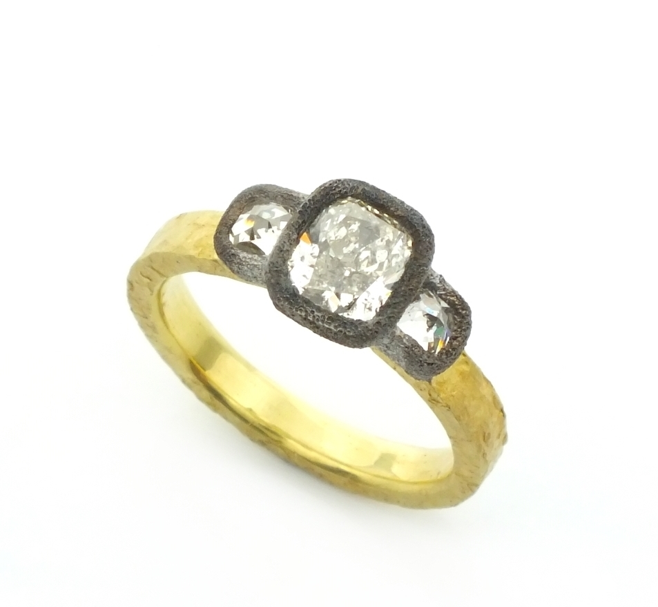 onk1.21ct+with+0.55ct_tap_by_Todd_Pownell.jpeg