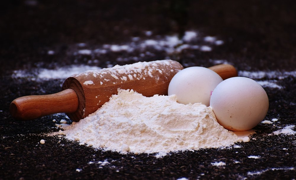 rolling pin flour.jpg
