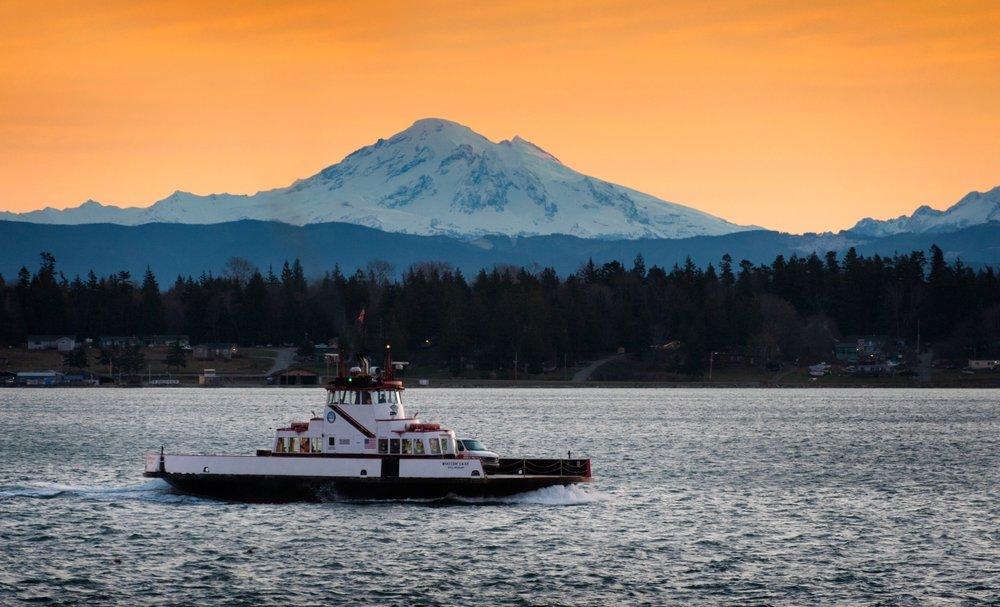 - Driving distances to Lummi Island from:Bellingham 15 milesVancouver, British Columbia 43 milesSeattle 113 milesPortland, Oregon 221 milesOur ferry is friendly: it runs frequently so the wait is never long, it is affordable and the crossing is quick - 7 minutes.