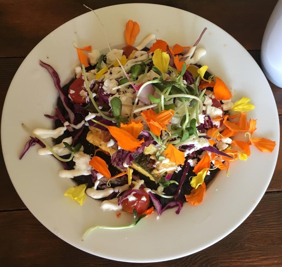 Copy of Enjoy a fresh, locally-sourced lunch.