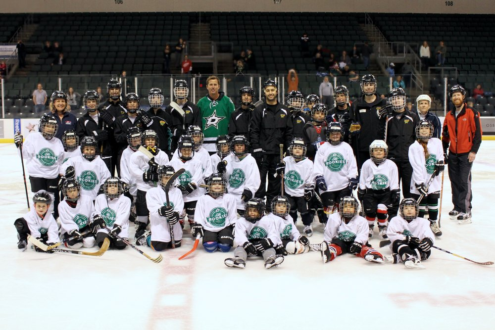 group photo Modano.jpg