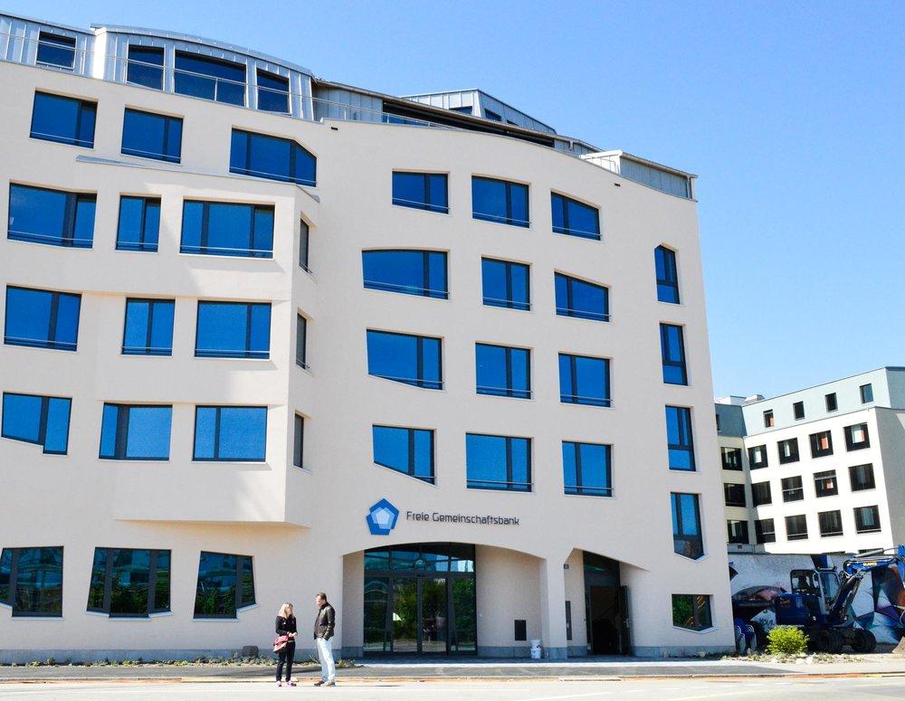 Siège de la Freie Gemeinschaftsbank, à Bâle (Suisse). Image: Guschti68/Wikipedia