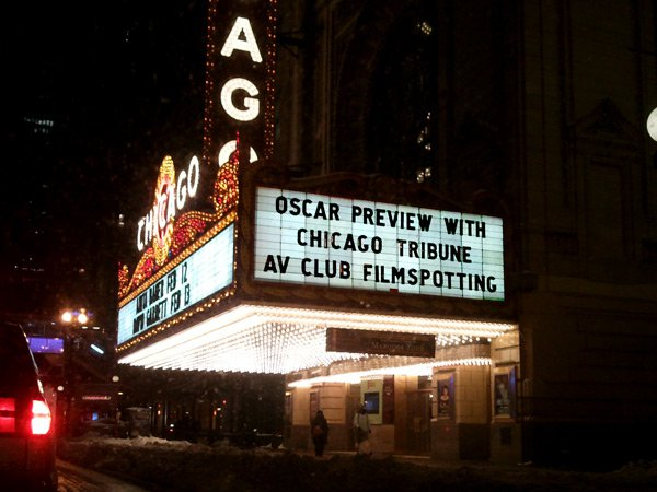 Chicago Theatre marquee.jpg