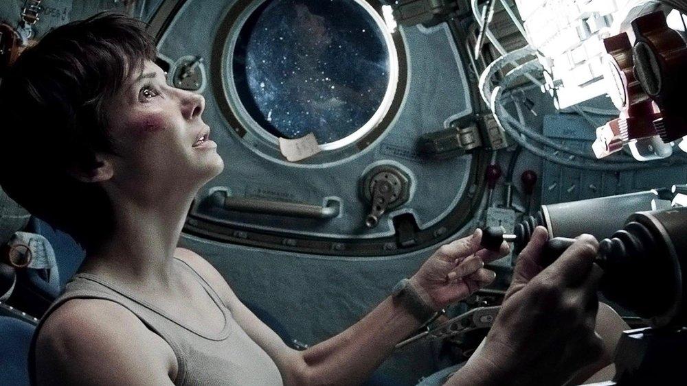 Gravity-film-Sandra-Bullock (1).jpg