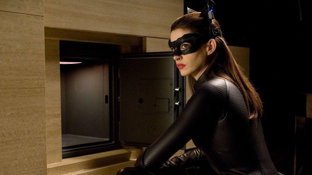 dark-knight-rises-catwoman-anne-hathaway.jpeg