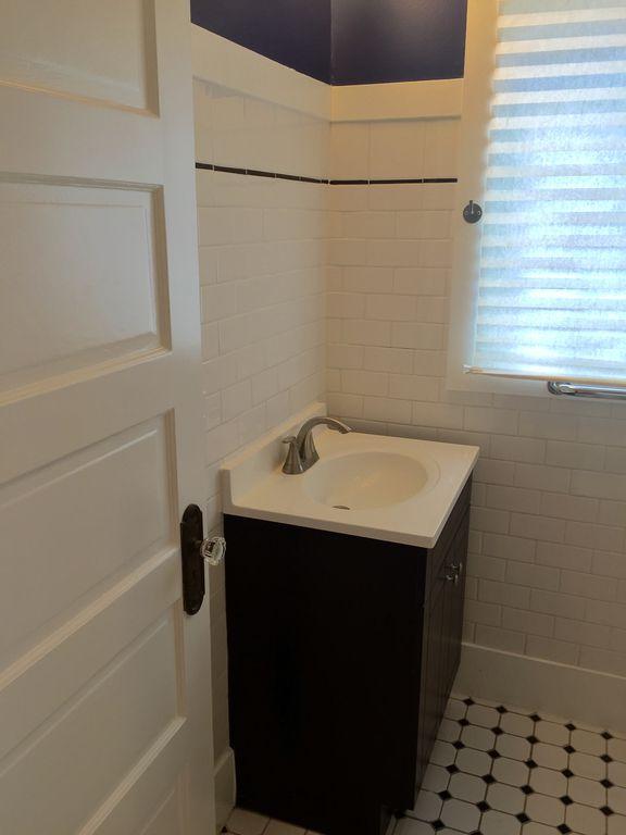 Hobart-Bathroom.jpg