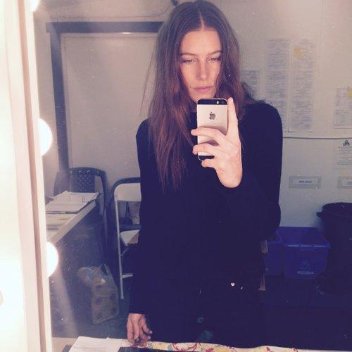 Press Suite Caroline Salon - Brilliant mirrors reveal hidden sides selfie culture