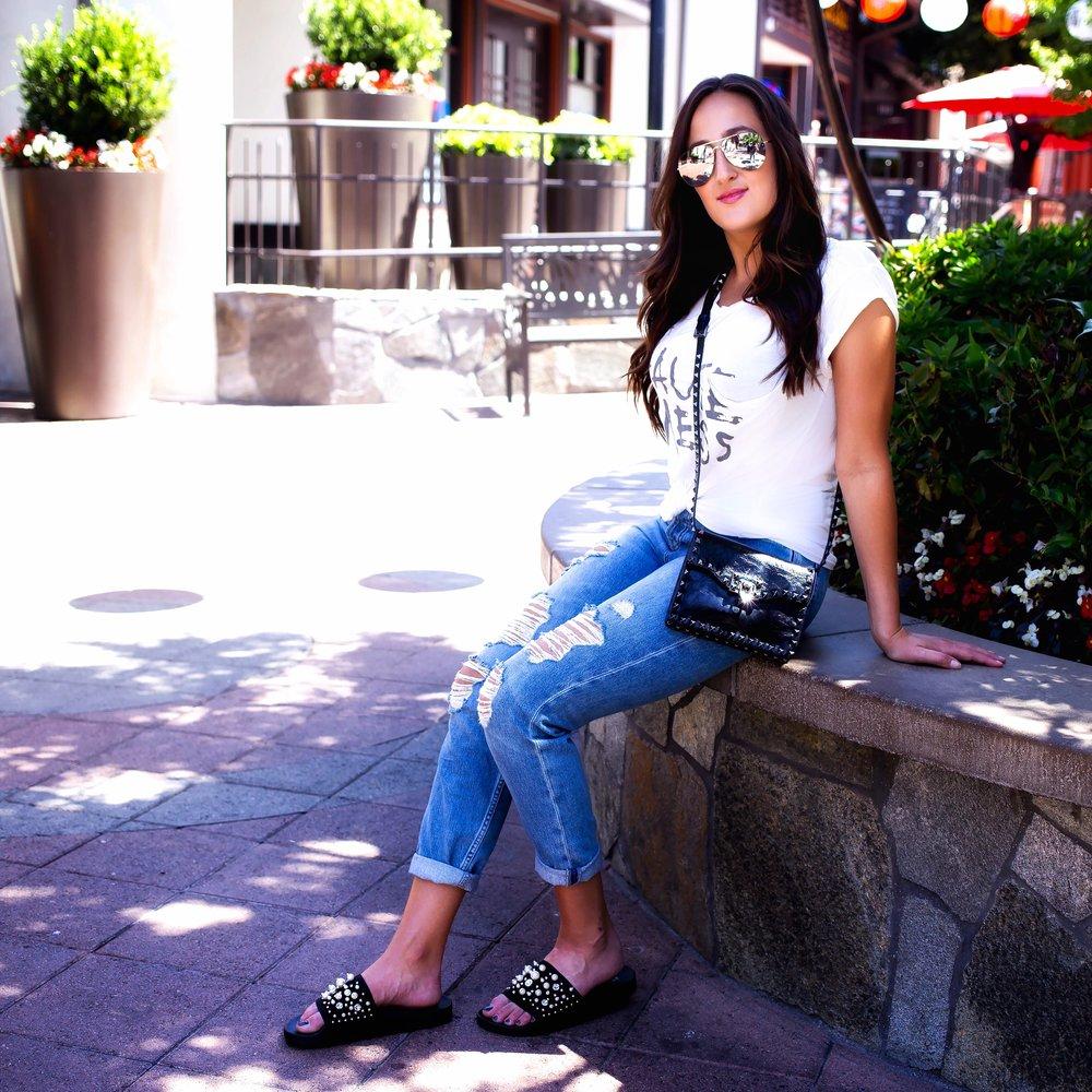 Slides ,  Jeans,   Shirt ,  Bag