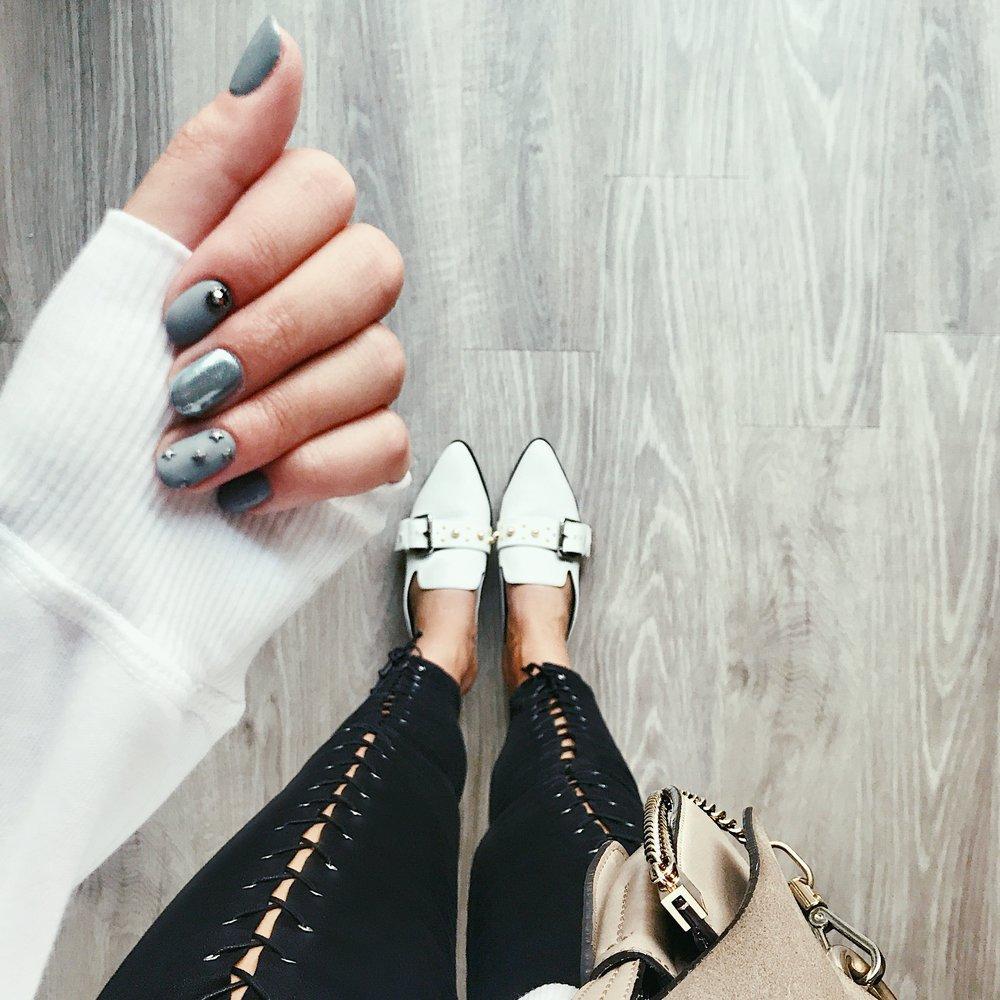 Mules ,  Jeans ,  Bag