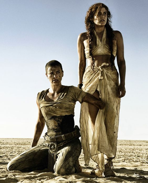 7ee671e5f2e361f0d2a034f483383292--top-film-mad-max-fury-road.jpg