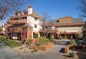 4153 El Camino Way #EPalo Alto - Top floor unit in quiet residential areaSold $1,288,0003 bed / 2 bath / 1,399 sqft interior