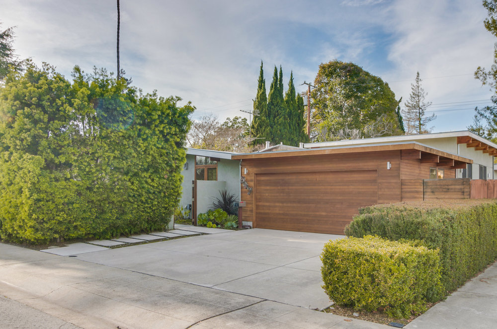 947 Celia Dr, Palo Alto   Sold for $2,980,000