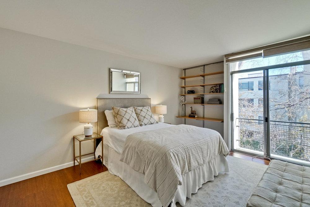 12 Master Bedroom.jpg