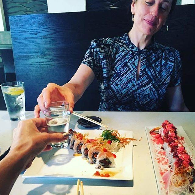 Cheers to the weekend! 🍶 our guests sure knows how to #treatyoself  thank you @sireneflux for sharing . . . . #sakanadtla #sakanasushi #downtownla #downtown #dtla #losangeles #eater #eaterla #buzfeedfood #abc7eyewitness #downtownlanews #sushi #japanesefood #tuna #dinela #hypbeast #hypefeast #infatuationla #downtownlabar #bar  #sushibar #lahappyhour #LAsocial #exloredtla #happeningdtla #dtlanews #dtlalunch #zagat