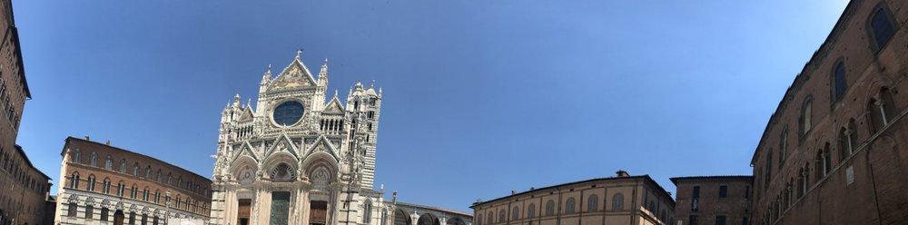Siena Pilazzo del Duomo