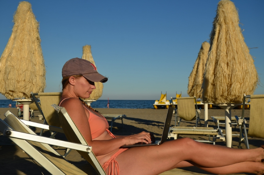Being a digital nomad doesn't mean working every day from a beach chair, but if you want, you can.