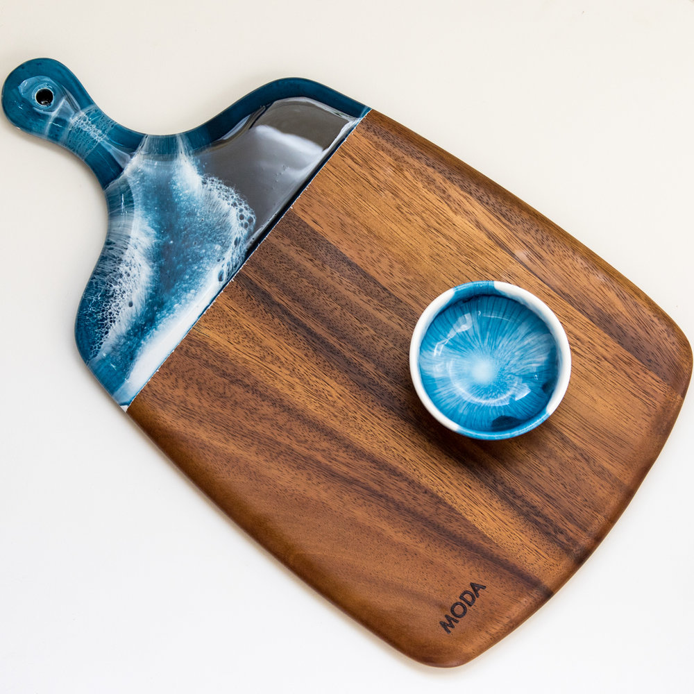 RESIN SERVING BOARDS -