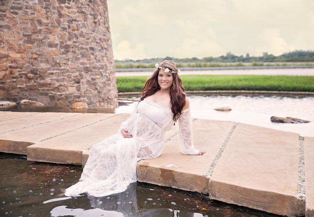 Maleah maternity 20.jpg