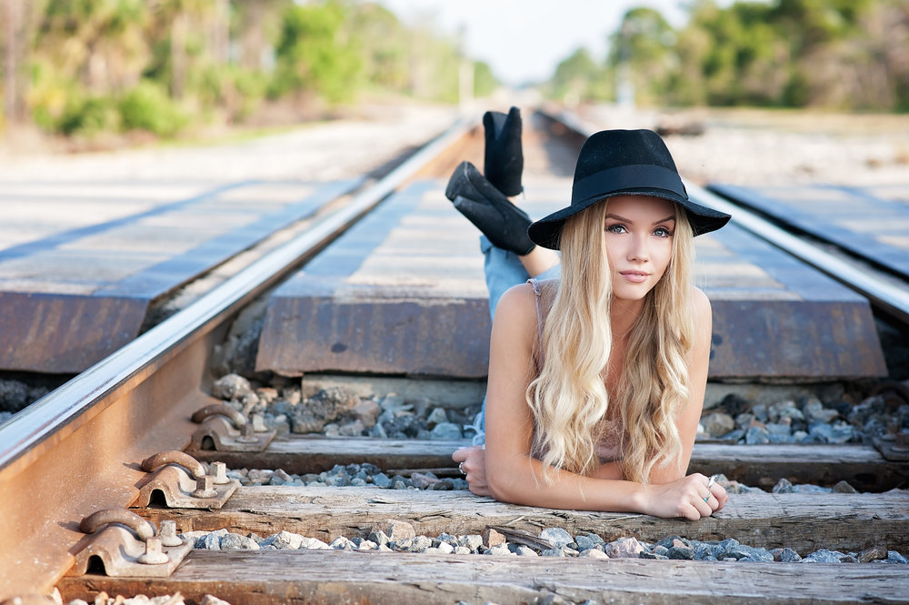 South Florida-photography-professional photographer-photography website-local photographer-teens-high school senior-photos-portrait photographer-84.jpg