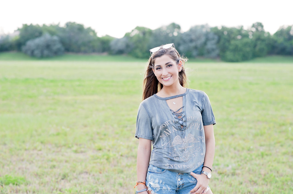 South Florida-photography-professional photographer-photography website-local photographer-teens-high school senior-photos-portrait photographer-107.jpg