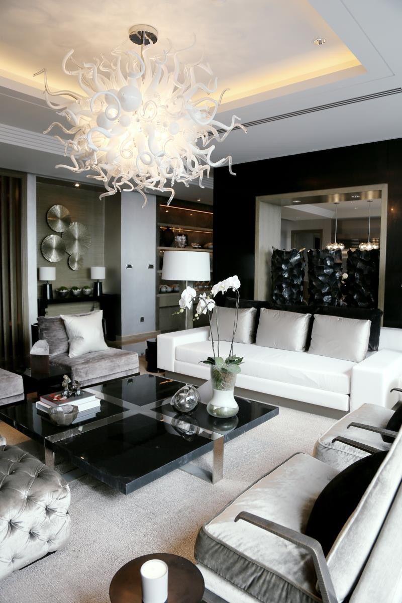 Luxury Home 18.jpg