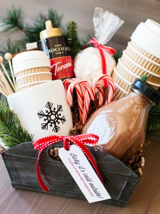 Christmas gift basket ideas for elderly