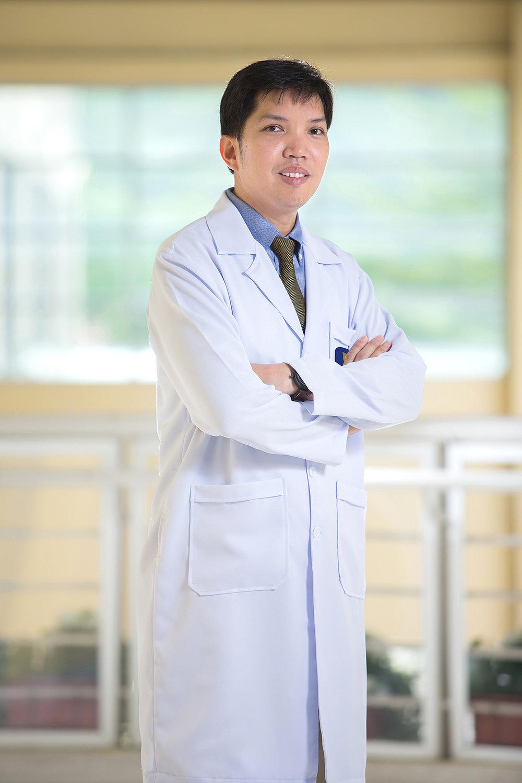 Dr.Pongsatorn Sanguanchua - Plastic Surgery (Cosmetic Surgery)
