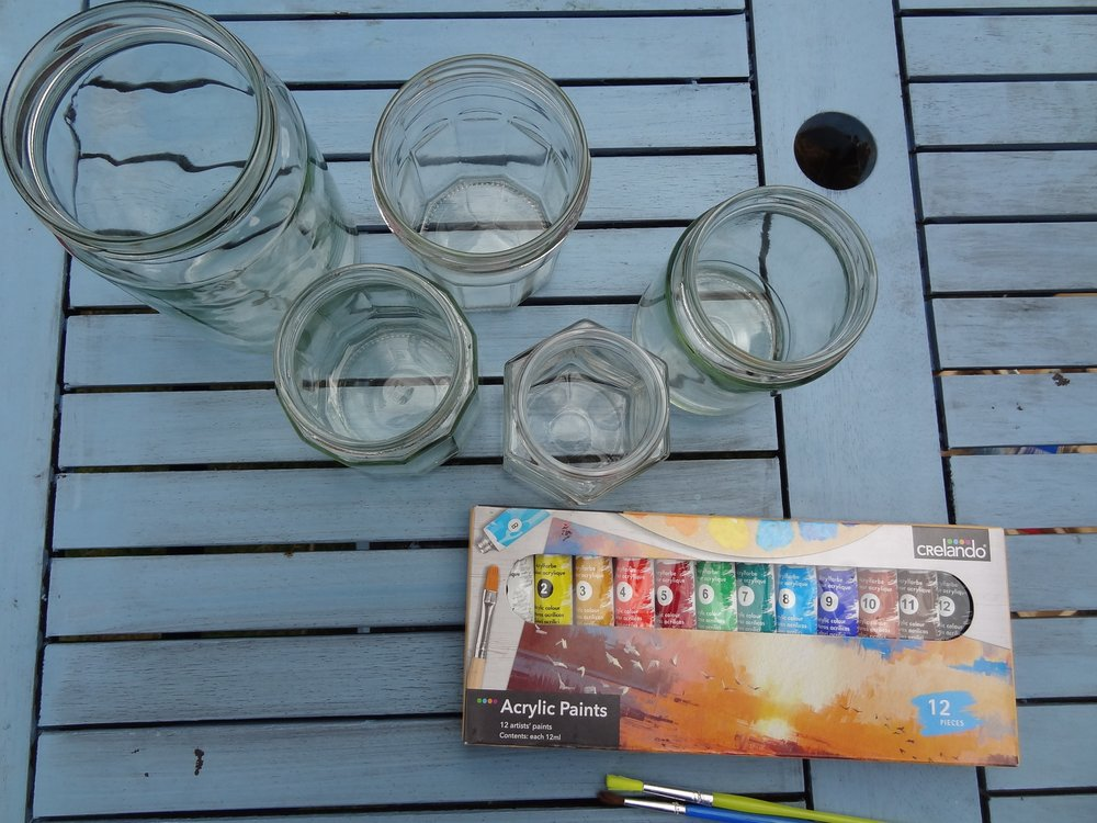 Making garden lanterns from jam jars