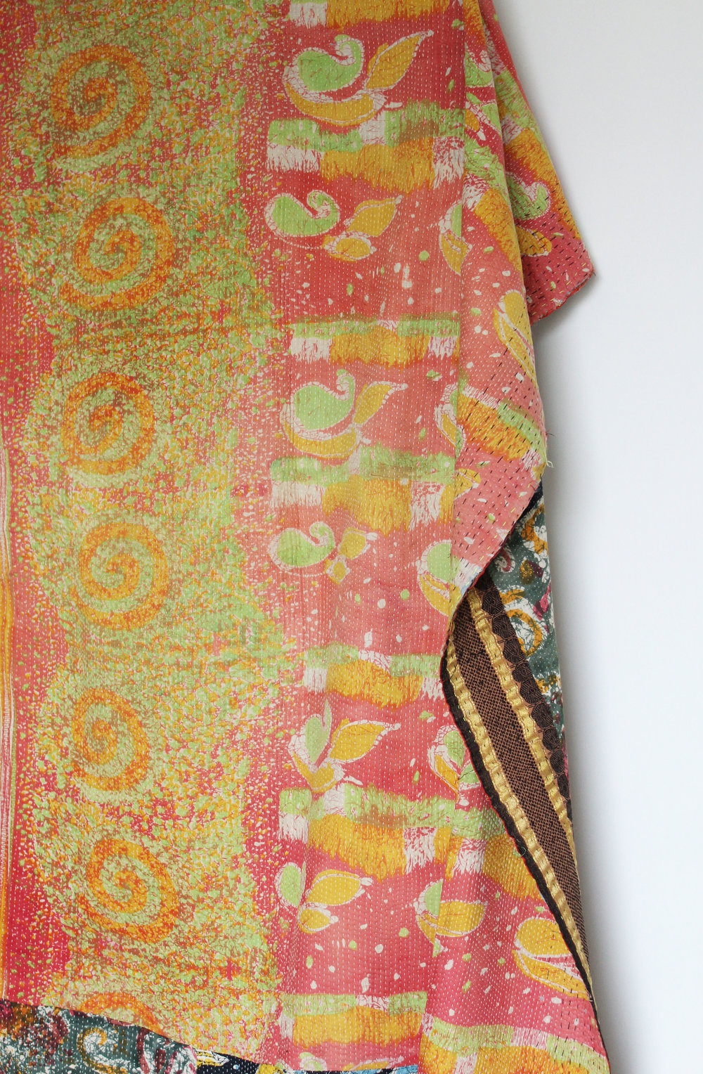 'Kelly' - Kantha Quilt   - vintage kantha quilt from India  - different pattern on the reverse side  - Dimensions: 119x204 cm  575 RMB