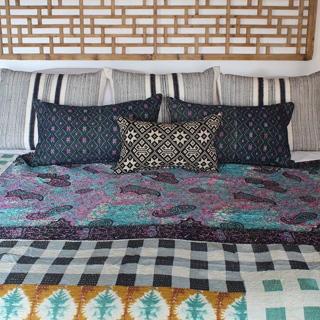 Having some #regrets about selling this quilt. It is just the perfect amount of colorful and different and funky and beautiful. Sometimes I feel like every room on instagram looks exactly the same...So it is nice to appreciate a little quirk. 😊