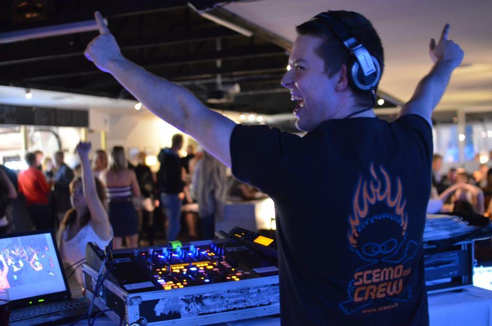 DJ Casinolla 3.6.2012.jpg