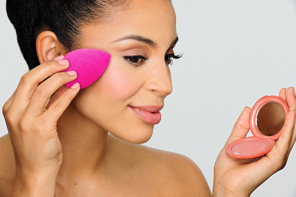 new_erica_pink_sponge_2000pix.jpg
