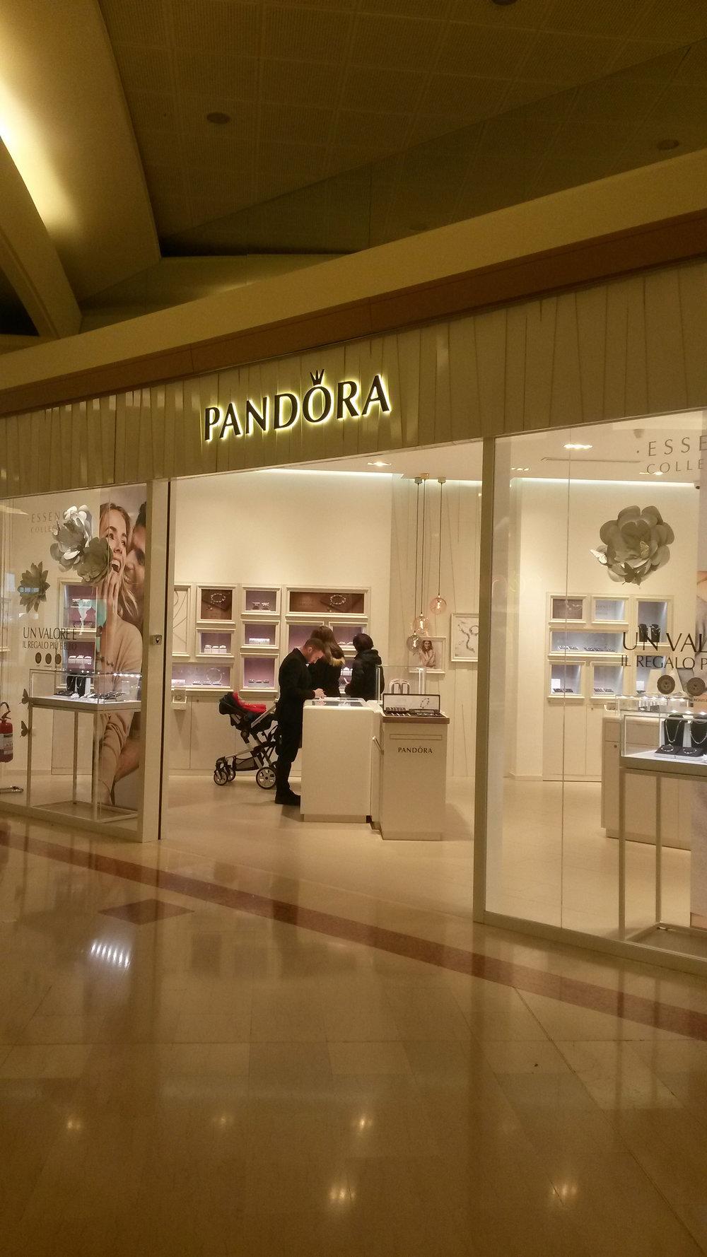 Pandora2.jpg