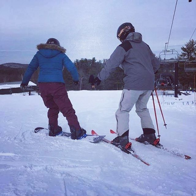 Guess who's tearin' it up at @shawneepeakme ? #shreddingnar #snowboarding #adventure