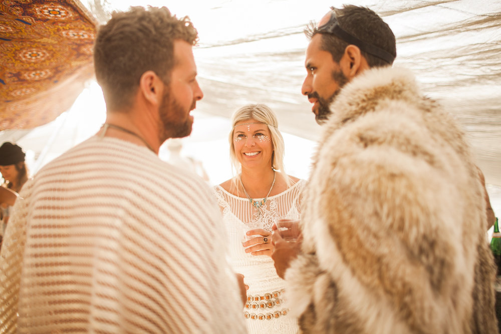 wedding-at-the-burning-man-temple-kennedyryan-woodnote-2.jpg