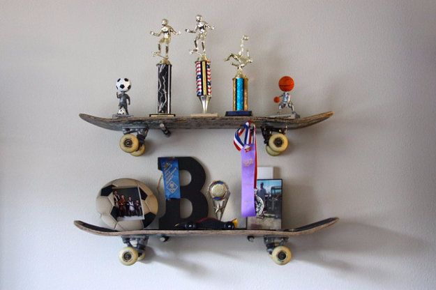 Skateboard-Shelves-DIY.jpg