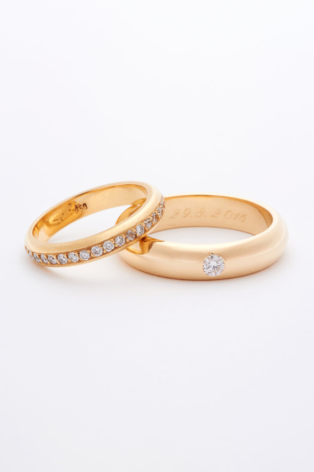 B.S //    GOLD 18K & DIAMONDS