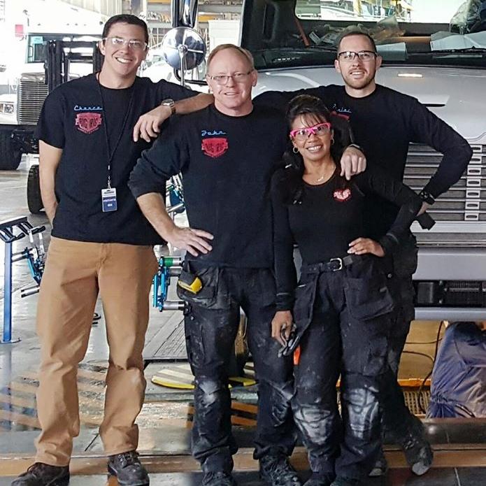 Big Rig Installation Crew