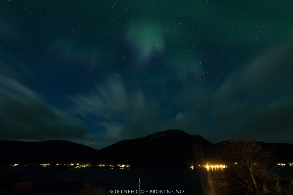 nyegolfsko-northern-lights-bortne-norway (1).jpg