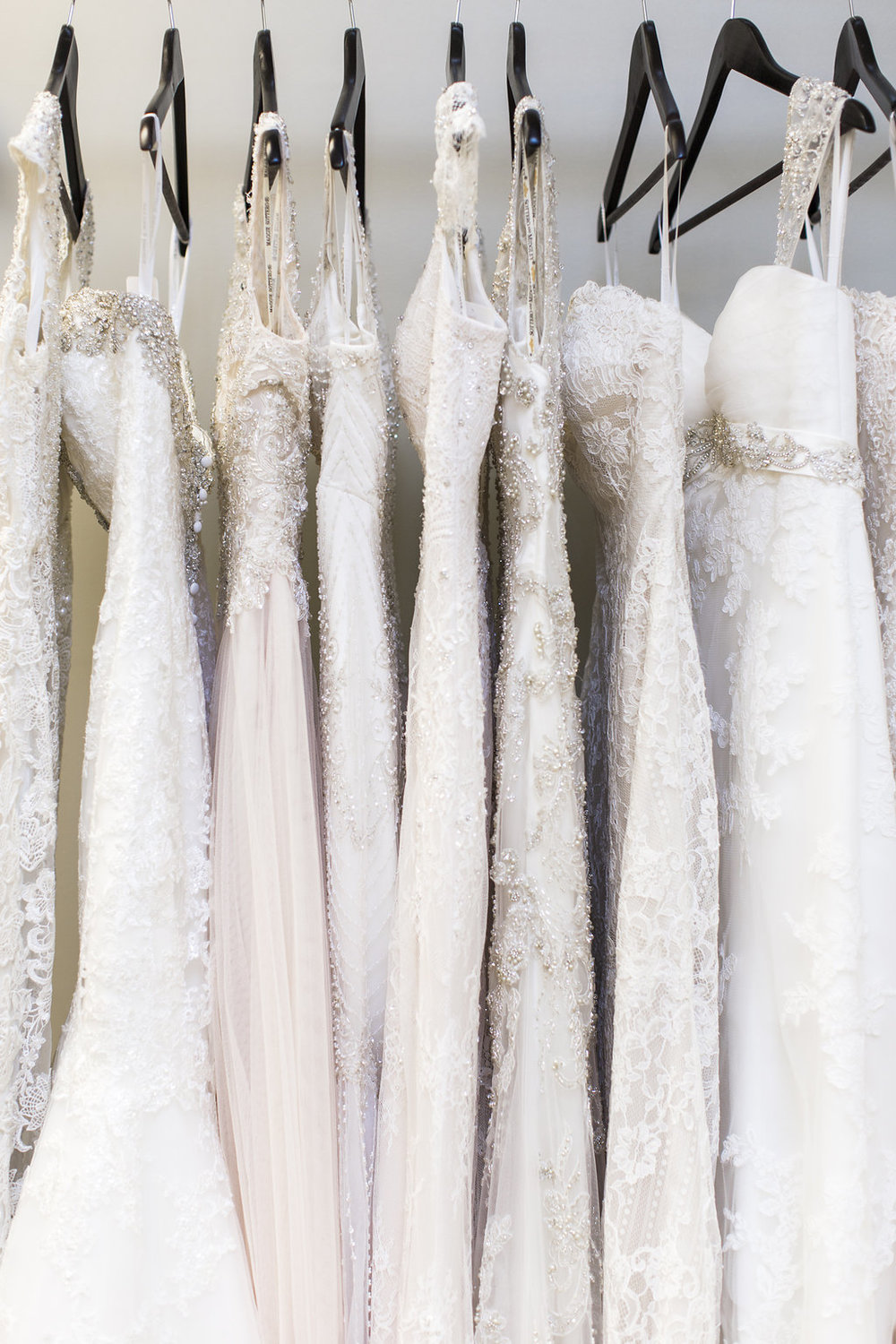 Laurie_Brotherton_Charme_Bridal_and_Prom_Boutique_009.jpg